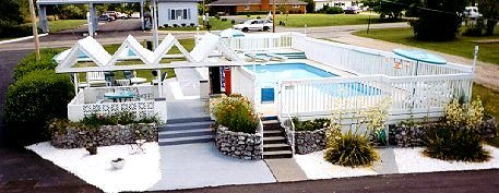 swimming pool at twinllakes inn bull shoals lake